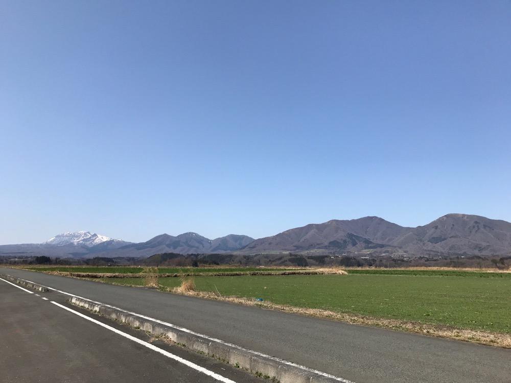この時期も気持ち良く走れる!:春の蒜山高原自転車道